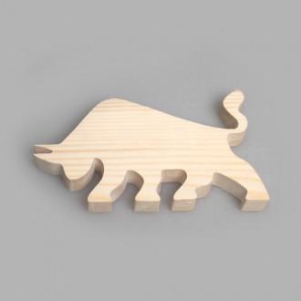 """Фигурка из дерева """"Боевой бык"""""""