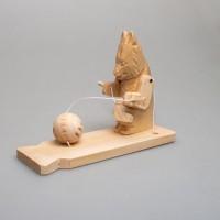 """Деревянная богородская игрушка """"Лиса вяжет носки"""""""