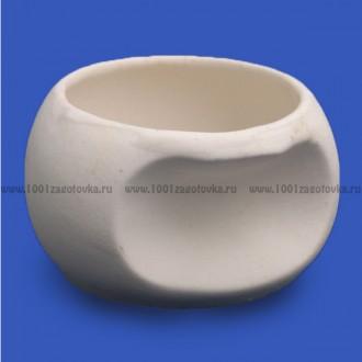 Керамическая заготовка горшочка с выемкой